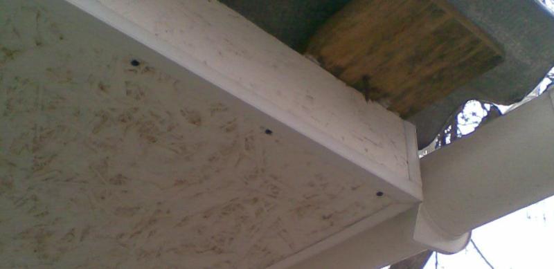Подшивка свеса крыши фанерой и osb